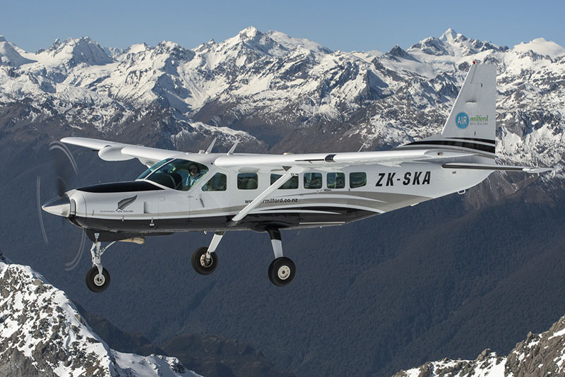 Milford-Sound-Plane-2